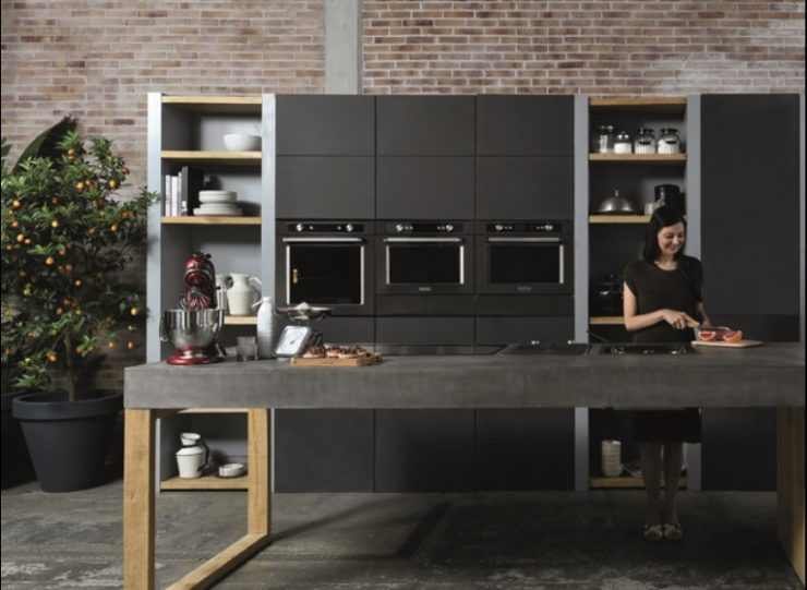 Kitchenaid total black con Black Range | Kok Cucine
